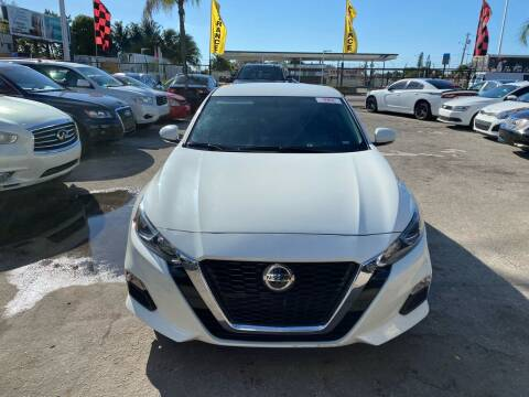 2020 Nissan Altima for sale at America Auto Wholesale Inc in Miami FL
