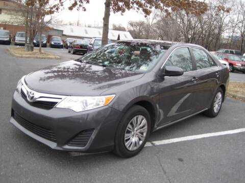 2013 Toyota Camry for sale at Auto Bahn Motors in Winchester VA
