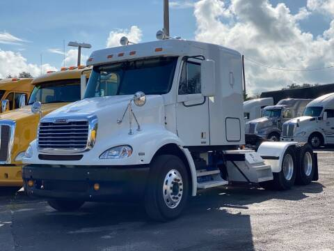 2009 Freightliner Columbia 112 for sale at The Auto Market Sales & Services Inc. in Orlando FL
