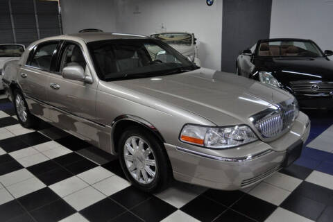2011 Lincoln Town Car for sale at Podium Auto Sales Inc in Pompano Beach FL
