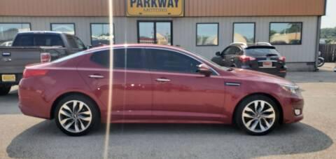 2015 Kia Optima for sale at Parkway Motors in Springfield IL