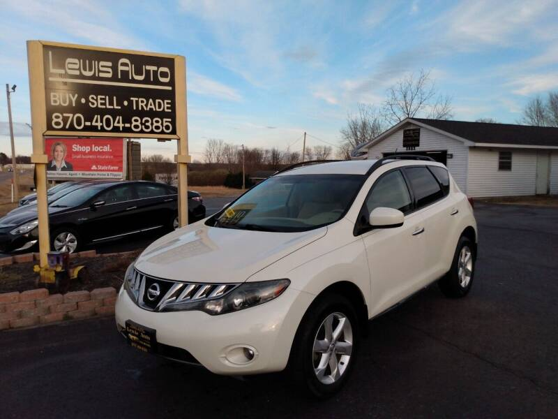 2009 Nissan Murano for sale at LEWIS AUTO in Mountain Home AR