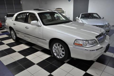 2006 Lincoln Town Car for sale at Podium Auto Sales Inc in Pompano Beach FL