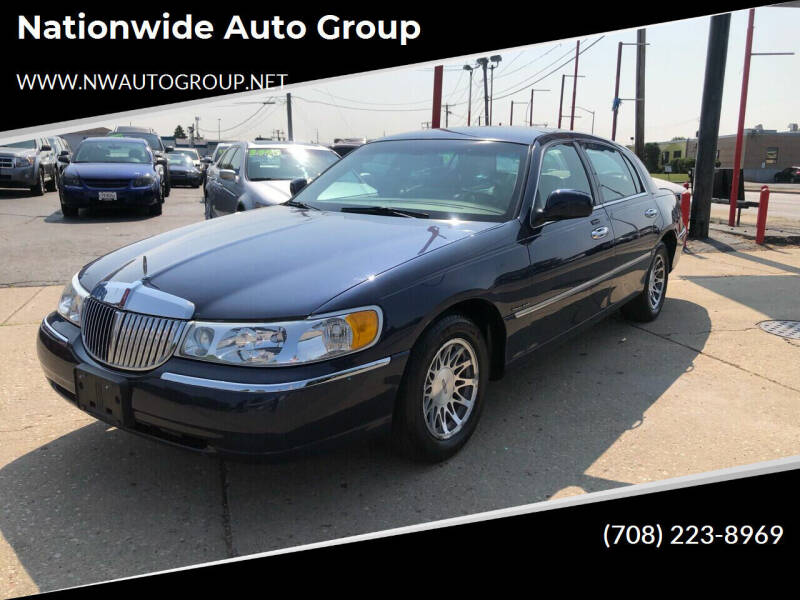 2002 Lincoln Town Car for sale at Nationwide Auto Group in Melrose Park IL