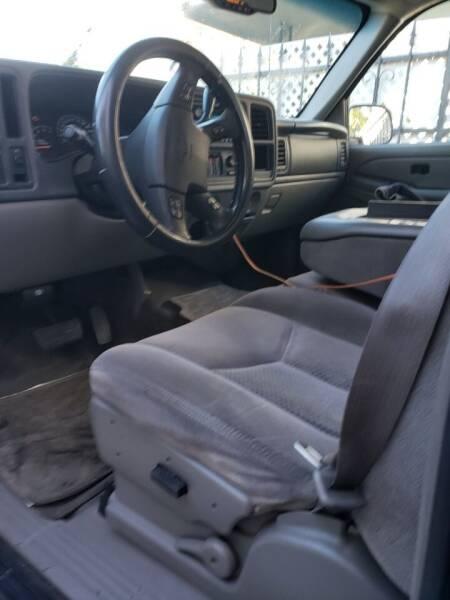 2005 Chevrolet Avalanche 4dr 1500 LS Crew Cab SB RWD - Gardena CA