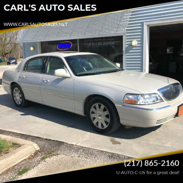 2005 Lincoln Town Car for sale at CARL'S AUTO SALES in Boody IL