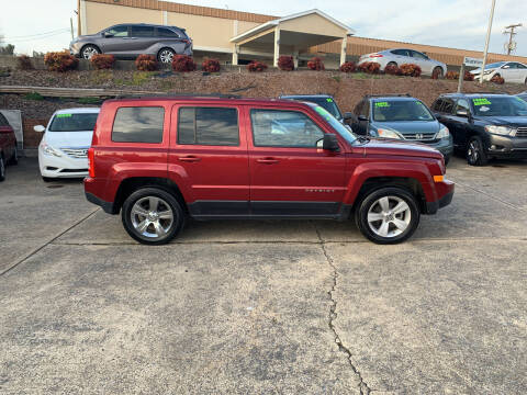 2016 Jeep Patriot for sale at State Line Motors in Bristol VA