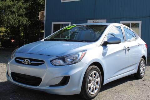 2012 Hyundai Accent for sale at Sarabi Auto Sale in Puyallup WA