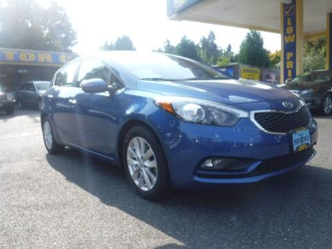 2015 Kia Forte5 for sale at Brooks Motor Company, Inc in Milwaukie OR