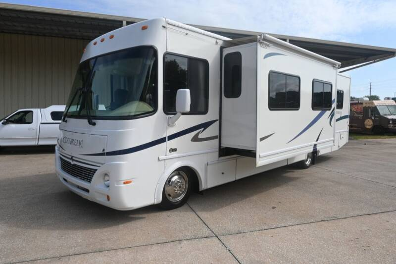 2005 Damon Daybreak 3272 for sale at Thurston Auto and RV Sales in Clermont FL