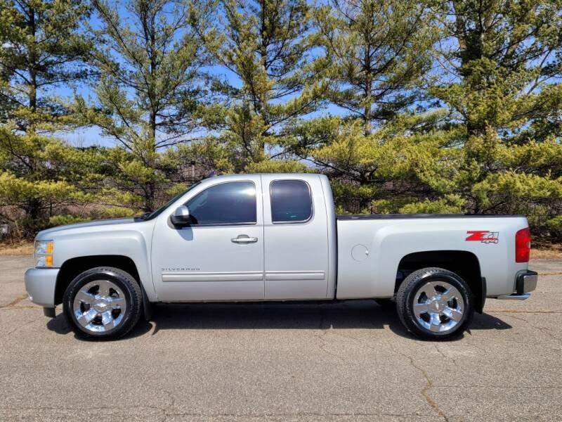 2011 Chevrolet Silverado 1500 for sale at Finish Line Auto Sales Inc. in Lapeer MI