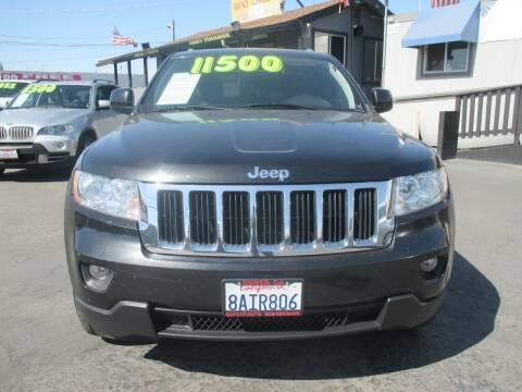 2011 Jeep Grand Cherokee for sale at Quick Auto Sales in Modesto CA