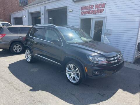 2012 Volkswagen Tiguan for sale at Car VIP Auto Sales in Danbury CT