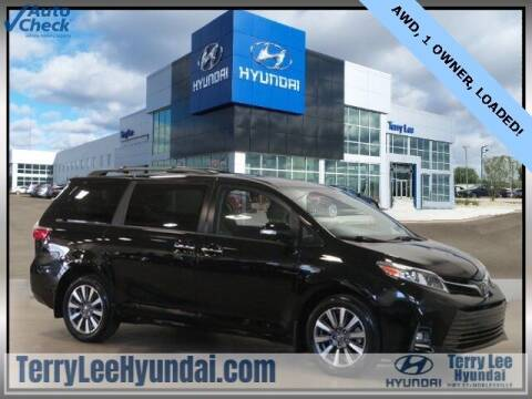 2020 Toyota Sienna for sale at Terry Lee Hyundai in Noblesville IN