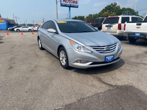 2013 Hyundai Sonata for sale at Eagle Motors in Hamilton OH