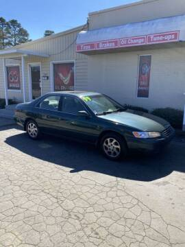 1999 Toyota Camry for sale at SUN AUTOMOTIVE in Greensboro NC