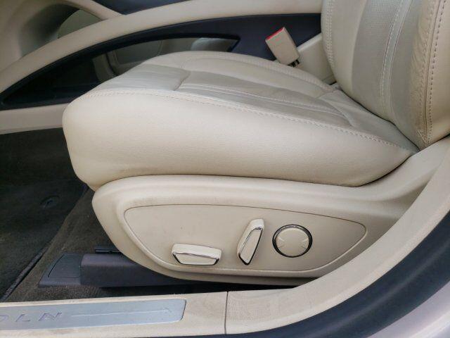2014 Lincoln MKZ 17