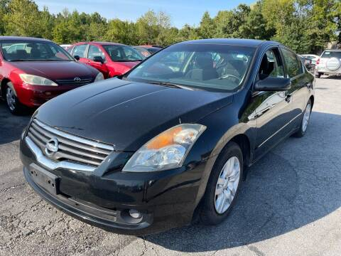 2009 Nissan Altima for sale at Best Buy Auto Sales in Murphysboro IL
