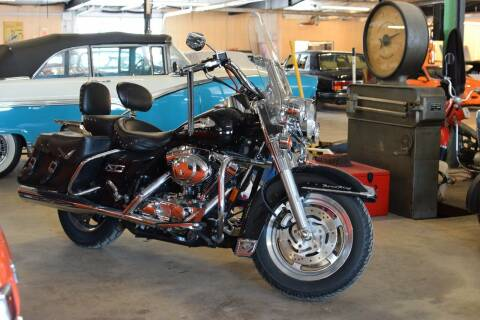2001 Harley-Davidson Road King for sale at Hooked On Classics in Watertown MN