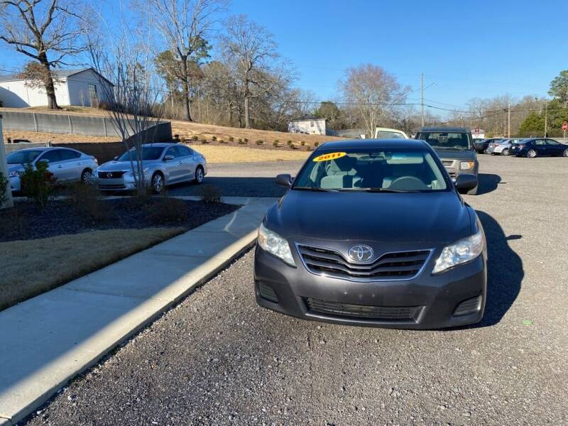 2011 Toyota Camry for sale at B & B AUTO SALES INC in Odenville AL