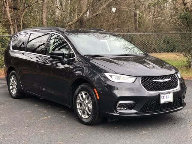 2021 Chrysler Pacifica for sale in Suffolk, VA