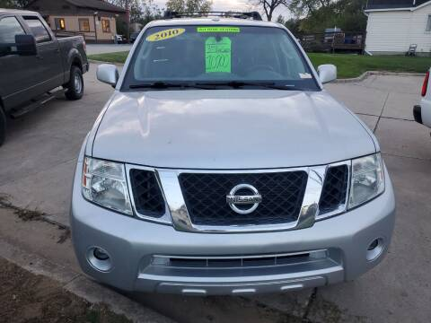 2010 Nissan Pathfinder for sale at Kachar's Used Cars Inc in Monroe MI