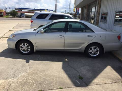 2006 Toyota Camry for sale at Uncle Ronnie's Auto LLC in Houma LA