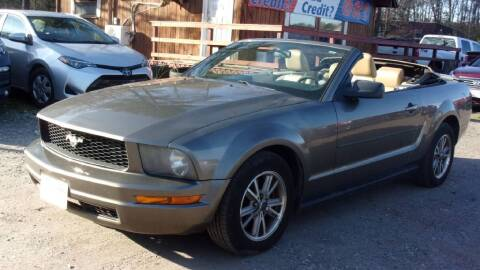 2005 Ford Mustang for sale at Select Cars Of Thornburg in Fredericksburg VA