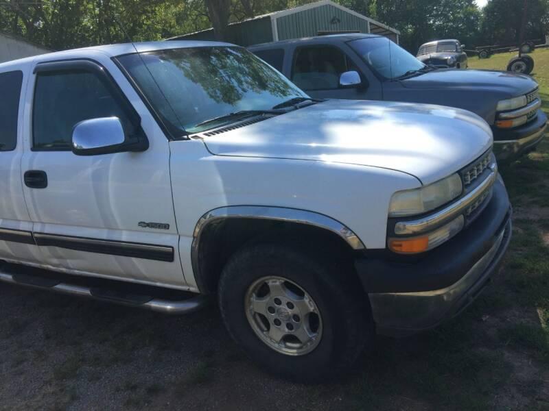 2001 Chevrolet Silverado 1500 for sale at C & R Auto Sales in Bowlegs OK