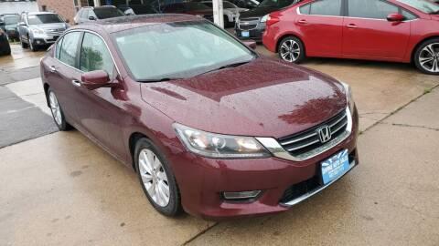 2013 Honda Accord for sale at Divine Auto Sales LLC in Omaha NE