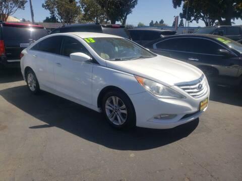 2013 Hyundai Sonata for sale at L & M MOTORS in Santa Maria CA
