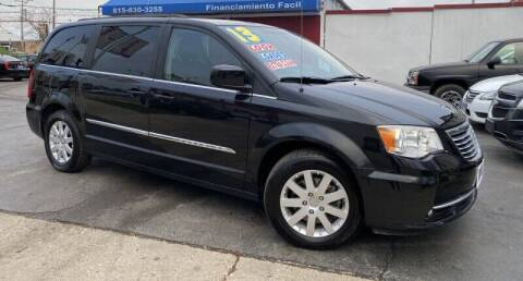 2013 Chrysler Town and Country for sale at Latino Motors in Aurora IL