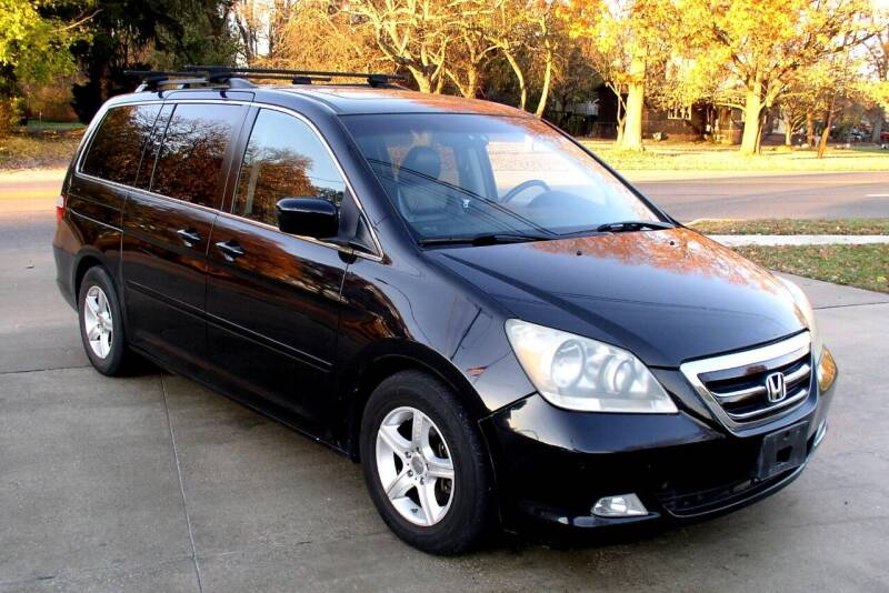 2006 Honda Odyssey for sale at Angelo's Auto Sales in Lowellville OH