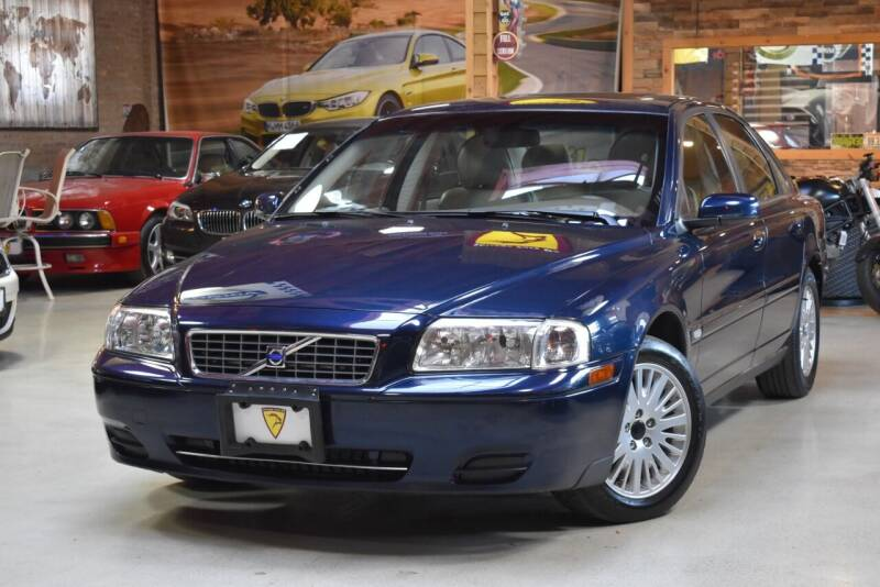 2004 Volvo S80 for sale at Chicago Cars US in Summit IL