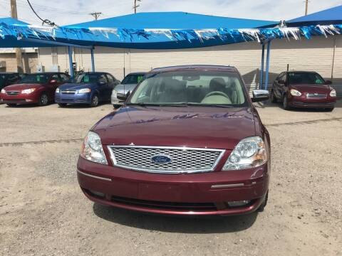 2005 Ford Five Hundred for sale at Autos Montes in Socorro TX