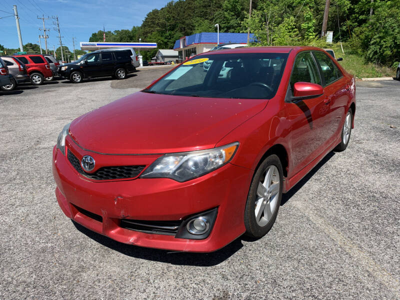 2014 Toyota Camry for sale at Diana Rico LLC in Dalton GA