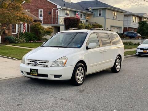 2008 Kia Sedona for sale at Reis Motors LLC in Lawrence NY
