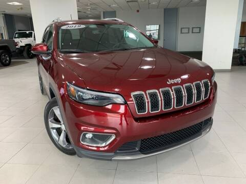 2019 Jeep Cherokee for sale at Auto Mall of Springfield in Springfield IL