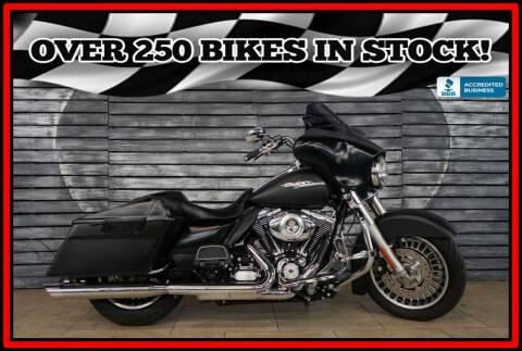 2011 Harley-Davidson FLHX-103 Street Glide for sale at AZMotomania.com in Mesa AZ