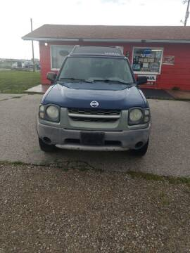 2004 Nissan Xterra for sale at P & T SALES in Clear Lake IA
