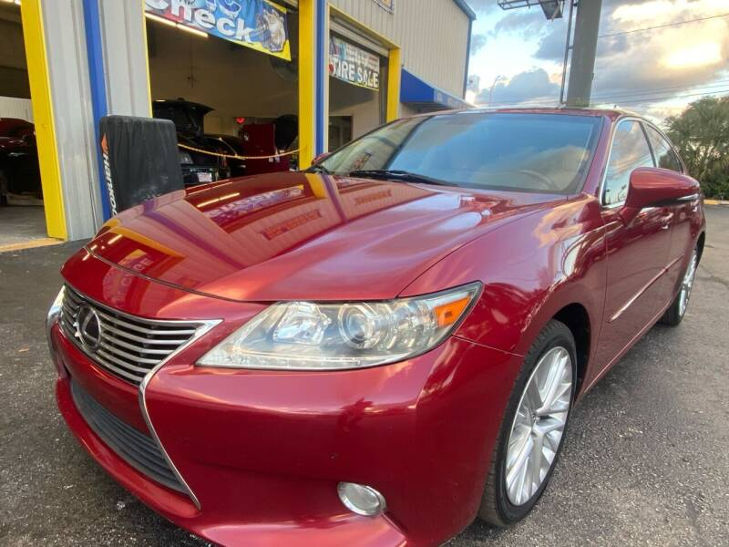 2013 Lexus ES 350 for sale at RoMicco Cars and Trucks in Tampa FL
