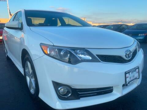 2014 Toyota Camry for sale at VIP Auto Sales & Service in Franklin OH