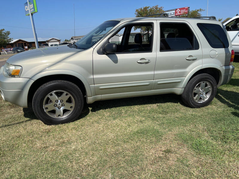 2005 Ford Escape for sale at OKC CAR CONNECTION in Oklahoma City OK
