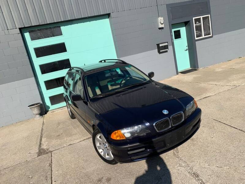 2001 BMW 3 Series for sale at Enthusiast Autohaus in Sheridan IN