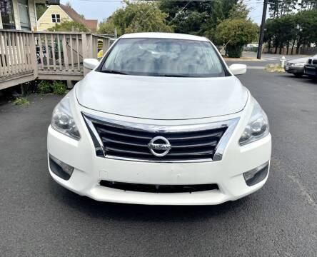 2013 Nissan Altima for sale at Life Auto Sales in Tacoma WA