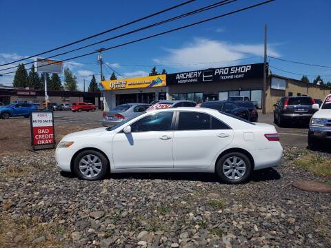 2007 Toyota Camry for sale at Ron's Auto Sales in Hillsboro OR