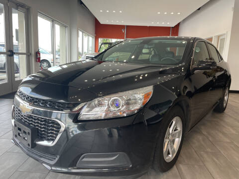 2015 Chevrolet Malibu for sale at Evolution Autos in Whiteland IN
