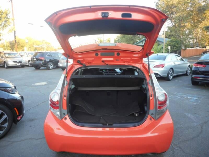 2012 Toyota Prius c Four 4dr Hatchback - Roseville CA
