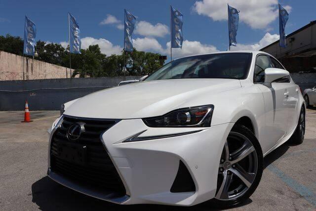 2017 Lexus IS 200t for sale at OCEAN AUTO SALES in Miami FL