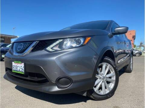 2018 Nissan Rogue Sport for sale at MADERA CAR CONNECTION in Madera CA